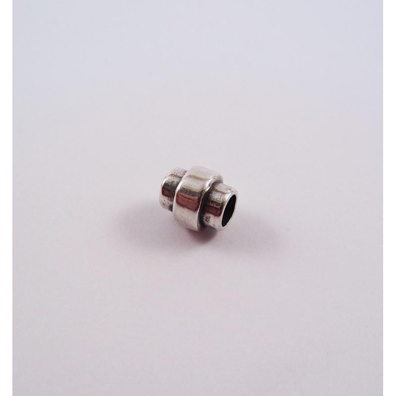 Adorno para cordón 11588-00 pase 5 mm.