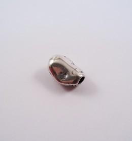 Adorno para cordón 75784-05 pase 5 mm.