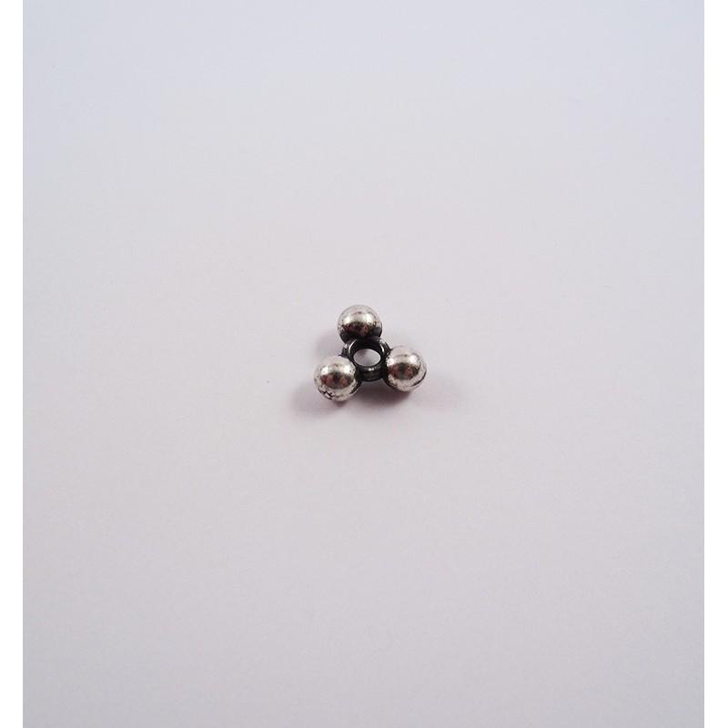 Adorno para cordón 75429-03 pase 3 mm.