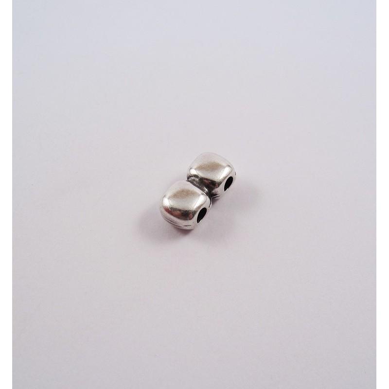 Adorno para cordón 75771-03 pase 3 mm.